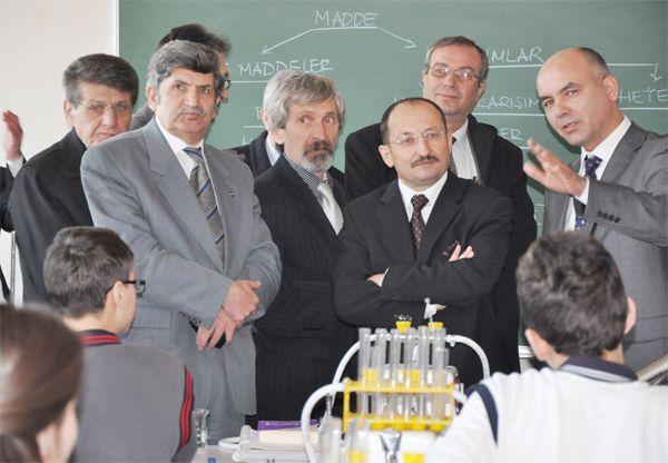 Celal Aras Lisesi'ne iki yeni laboratuvar
