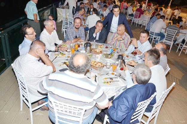 Turnacıoğlu'nun sofrasında hem manzara, hem ödül