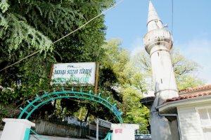 Canfeda Hatun Camii can buluyor