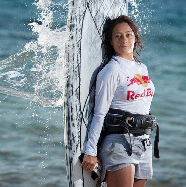 Sörfün Beykozlu Sultanı Lena Aylin Erdil