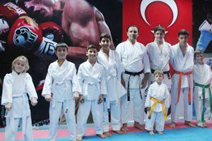 Beykozlu karatecilerden altın madalya!