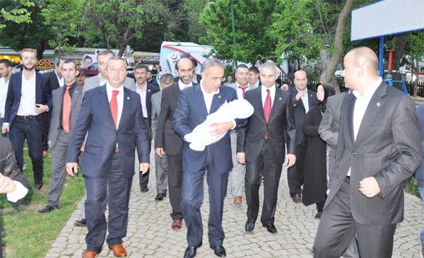 Yalçın Topçu'yu Alp Muhsin karşıladı