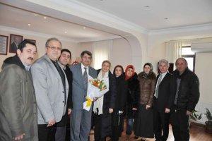 AK Partililerden bürokratik ziyaretler