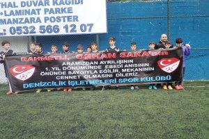 Futbolcularımız Orhan Saka'yı andı