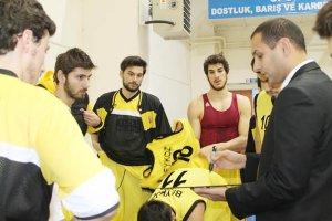 Beykoz Basketbol Takımı yoğun mesai harcıyor
