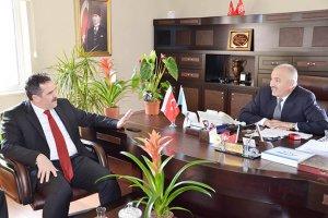 Başkan Yardımcısı Dilmaç'tan, Başhekim Erdoğdu'ya ziyaret