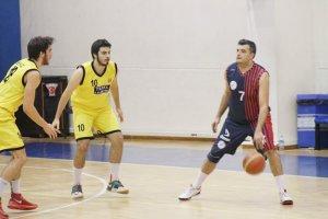 Beykozspor baskette güle oynaya