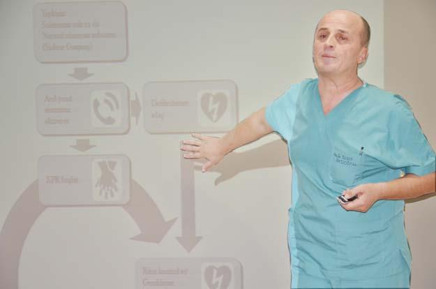 Dr. Yusuf Akdoğan: Kalp masajında ilk 4 dakikaya dikkat