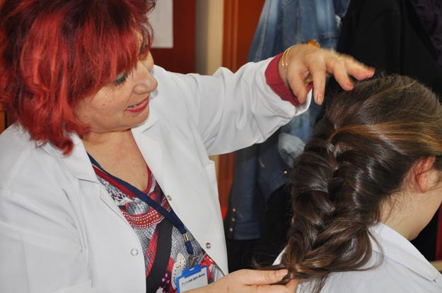 Beykoz Halk Eğitim'in kızları umut dolu