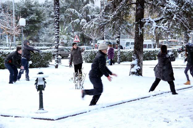 İstanbul ve ilçelerinde okullar tatil!
