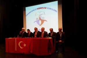 Trabzonlu gençler mevlit okuttu