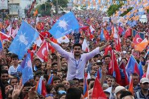 AK Parti Beykoz teşkilatlarında değişim...