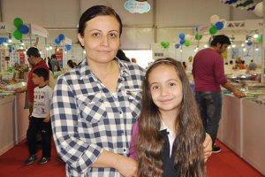 Minik yazar Beykoz'da geleceğini imzalayacak