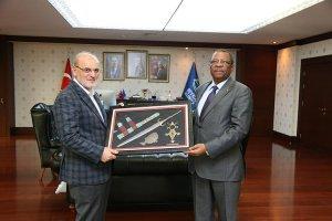 Nijer Büyükelçisi'nden Başkan Çelikbilek'e ziyaret