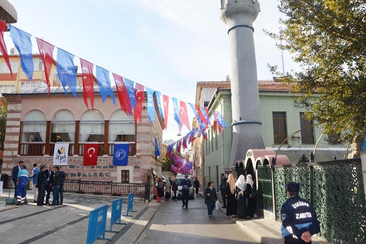 İFTAH İslami İlimler Akademisi yeni binasında...