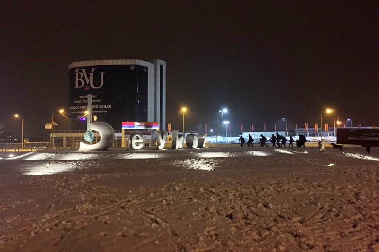 Beykoz'da beklenen kar yağışı başladı