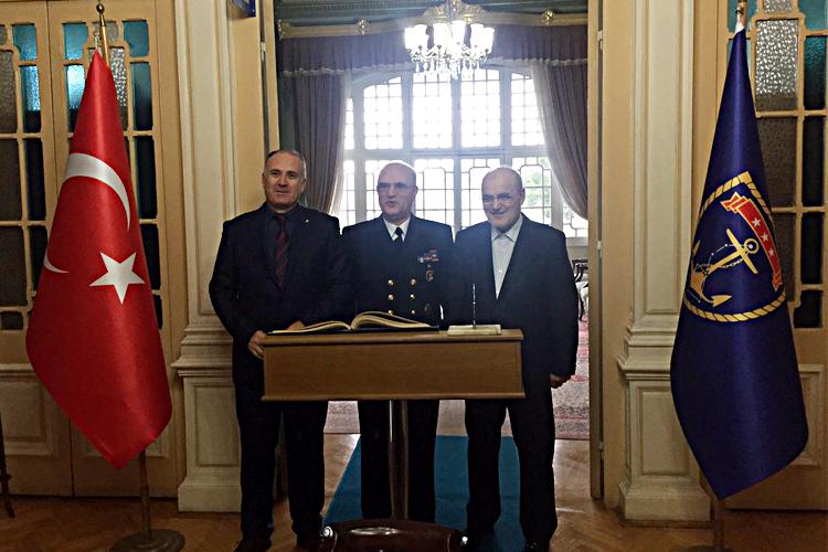 Beykoz'dan komutanlara destek ziyareti