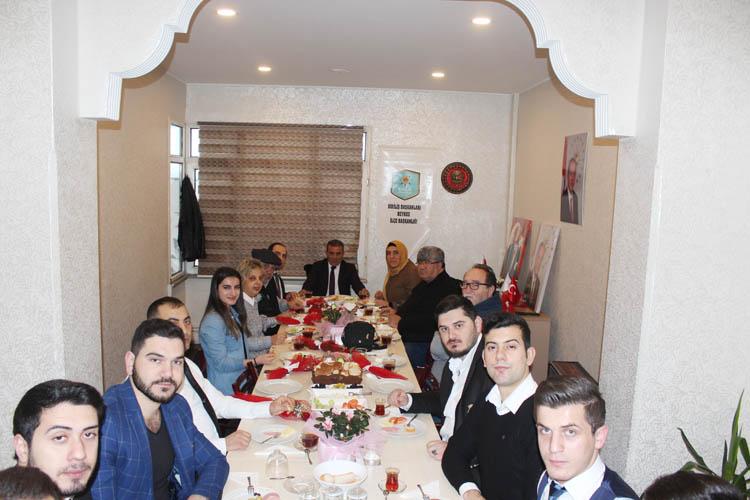 Diriliş Başkanları Beykoz'da yerel basınla tanıştı