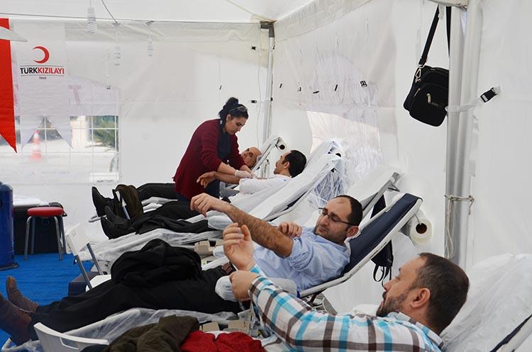 Beykoz'da kan bağışı rekoru... Bir günde 210 kişi