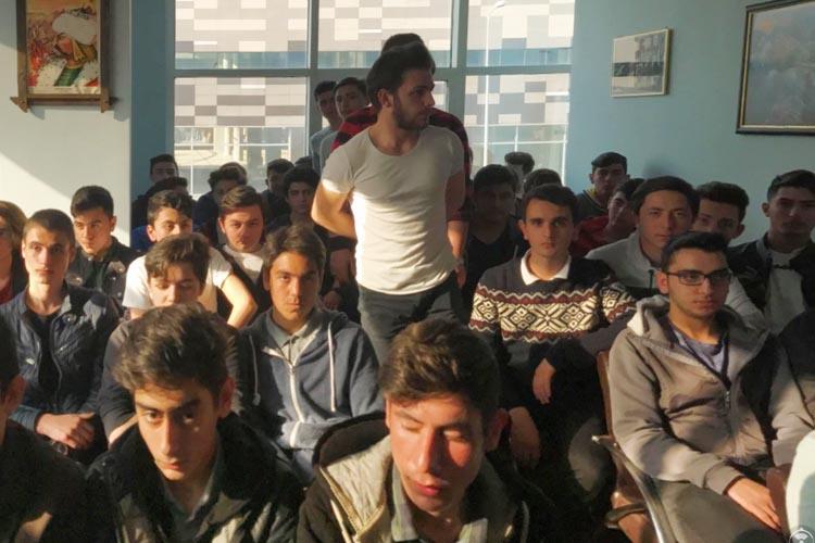 Beykoz'da ülkücü gençler 'EVET' dedi