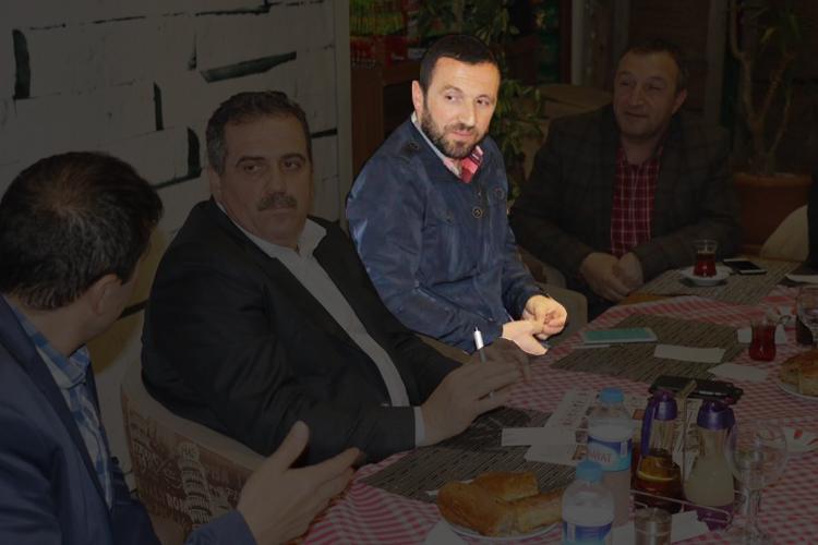 AK Partililer Beykoz'da isyan bayrağı çekti...
