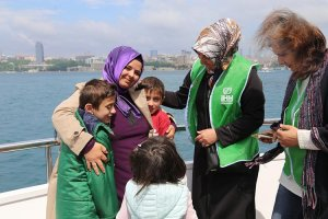 Beykoz'da Yetim Gülerse Dünya Güler