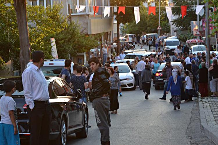Beykoz'da iftar saatinde silahlı kavga, 2 yaralı