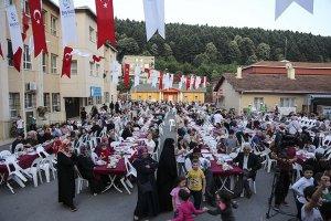 Tokatköy Meydanı'nda iftar sofrası