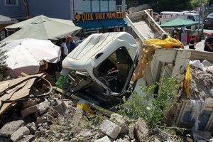 Beykoz'da kamyon yoldan çıktı: 1 yaralı