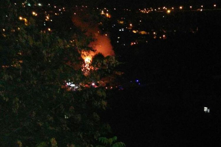 Beykoz Soğuksu Mahallesi'nde gecekondu yandı