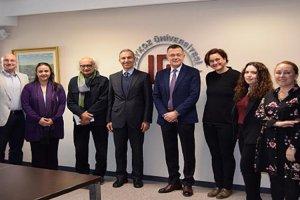Beykoz Üniversitesi cam sanatına el attı