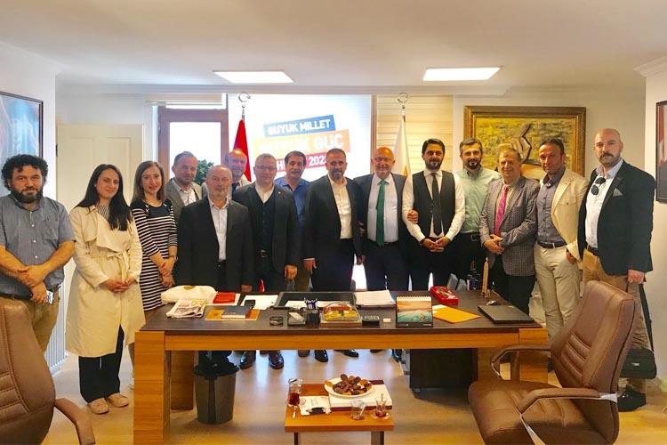 Beykoz Rizelilerden Başkan Dilmaç'a ziyaret