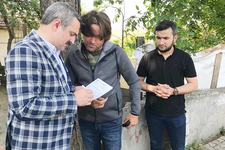 AK Parti İl Başkanı Beykoz'da üye taraması yaptı