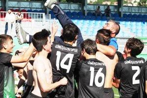 Gümüşsuyuspor'da sezonun 3. şampiyonluğu geldi