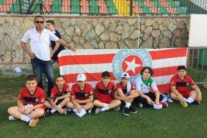 Beykoz'un minik hentbolcuları Antalya'da 4. oldu