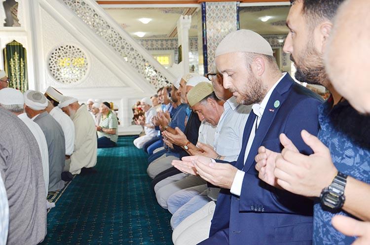 İmam Hatiplilerden Beykoz'da 15 Temmuz konferansı