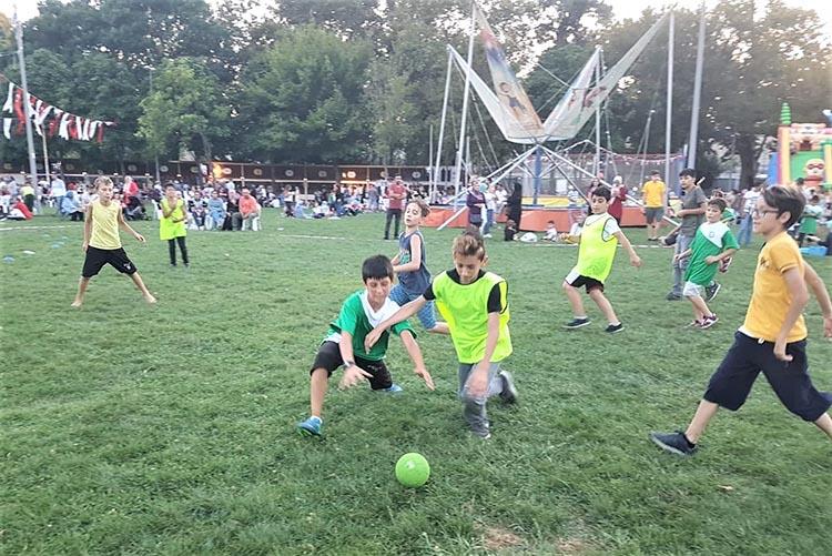 Beykoz Çayır Festivali'nde çim hentbolu
