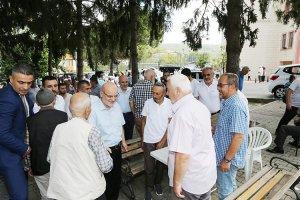 Başkan Çelikbilek bayramda köyleri ihmal etmedi