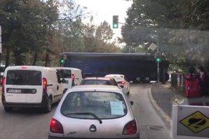 Acemi şoför Beykoz'da isyan ettirdi