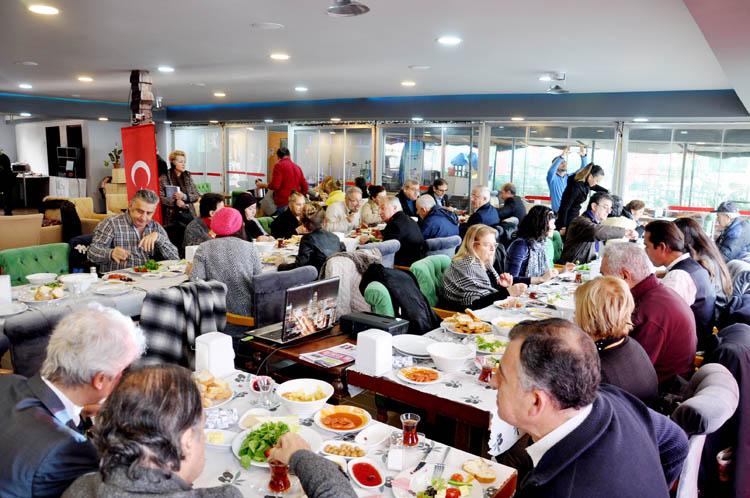 Vatan Partisi, Beykoz üyelerine kahvaltı verdi