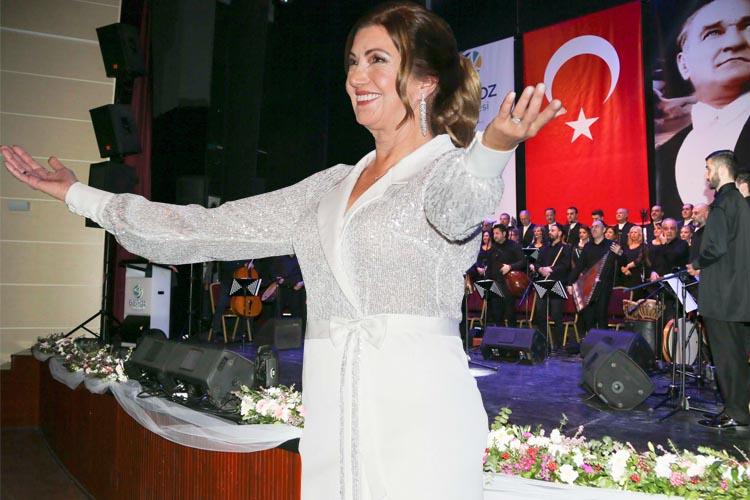 Beykoz'da Şeb-i Arus Konseri gönülleri mest etti