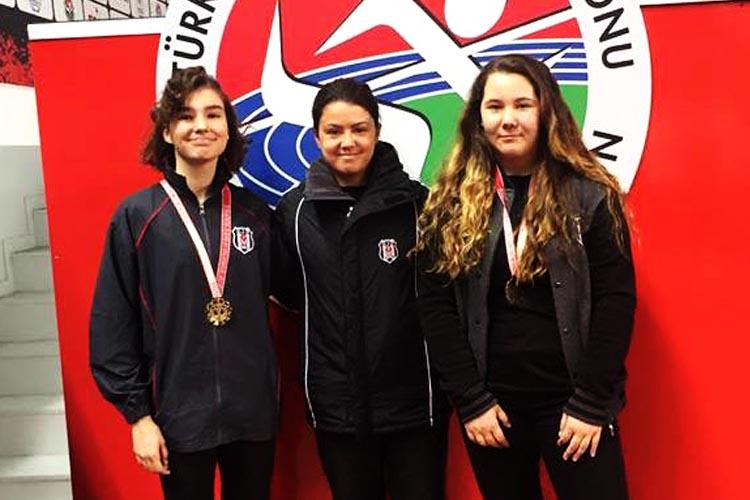 TED Koleji'nden Beykoz'a iki şampiyon atlet