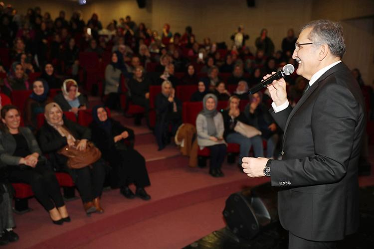 AK Parti Kadın Kolları Murat Aydın'ı ağırladı