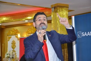 Kaşıtoğlu'na Beykoz'da cepsiz ceket giydirildi