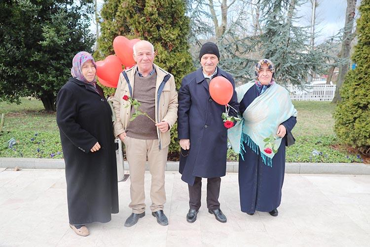 AK Parti Beykoz'da 40 yıllık çiftleri bir araya getirdi