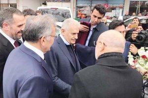 Yıldırım'ın Beykoz'daki ilk durağı AK Parti oldu
