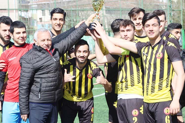 Beykoz 1908 AŞ U19 Şampiyonluk kupasına kavuştu