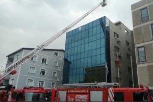 Beykoz'da bir iş merkezinde küçük çaplı yangın çıktı
