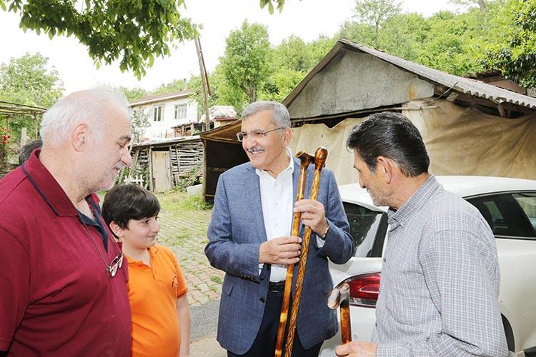 Beykoz'daki baston ustalarını ziyaret etti
