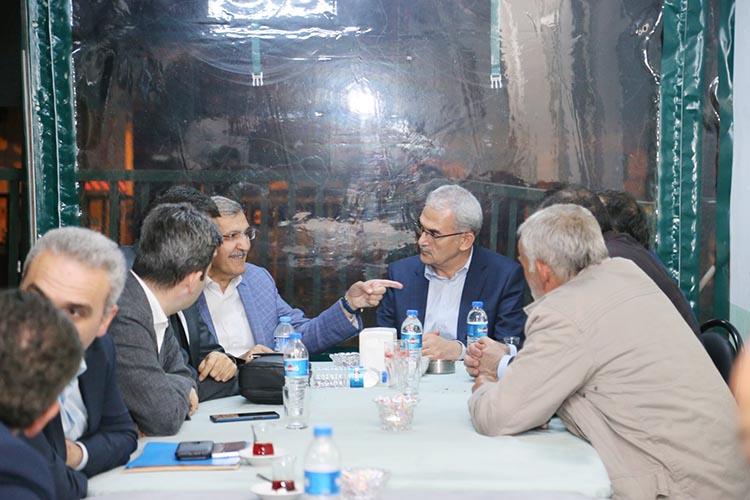 Tarım Bakanı Beykoz'da bal üreticileriyle görüştü